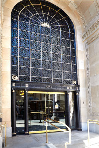Entrance-to-Dermatology-Medical-Group-of-San-Francisco's-Practice